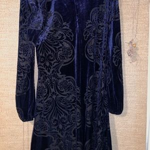 Eliza J, 6, velvet blue & black long sleeve dress